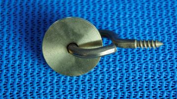 Picture of 10903604 LARGE PULLEY & WALL ANCHOR (WOOD SCREW)