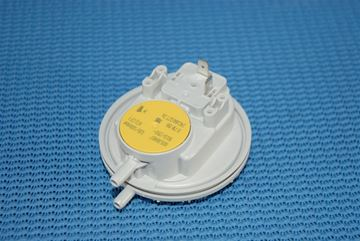 Picture of 87161424060 AIR PRESS SWITCH