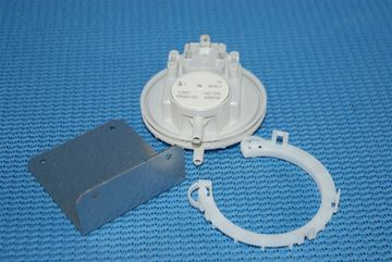 Picture of 87161424140 AIR PRESS SWITCH