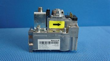 Picture of B1937  GAS VALVE (VR4605CB1058 2)