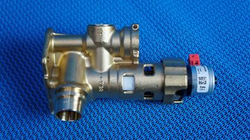 Picture of 0020132682 was 178978 DIVERTER VALVE