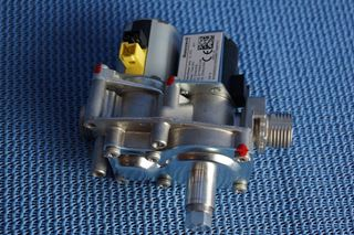 Picture of 0020148382 GAS VALVE